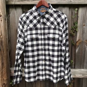 JACHS Girlfriend Tops - 🌹JACHS GIRLFRIEND | TOP FLANNEL SHIRT  SIZE L